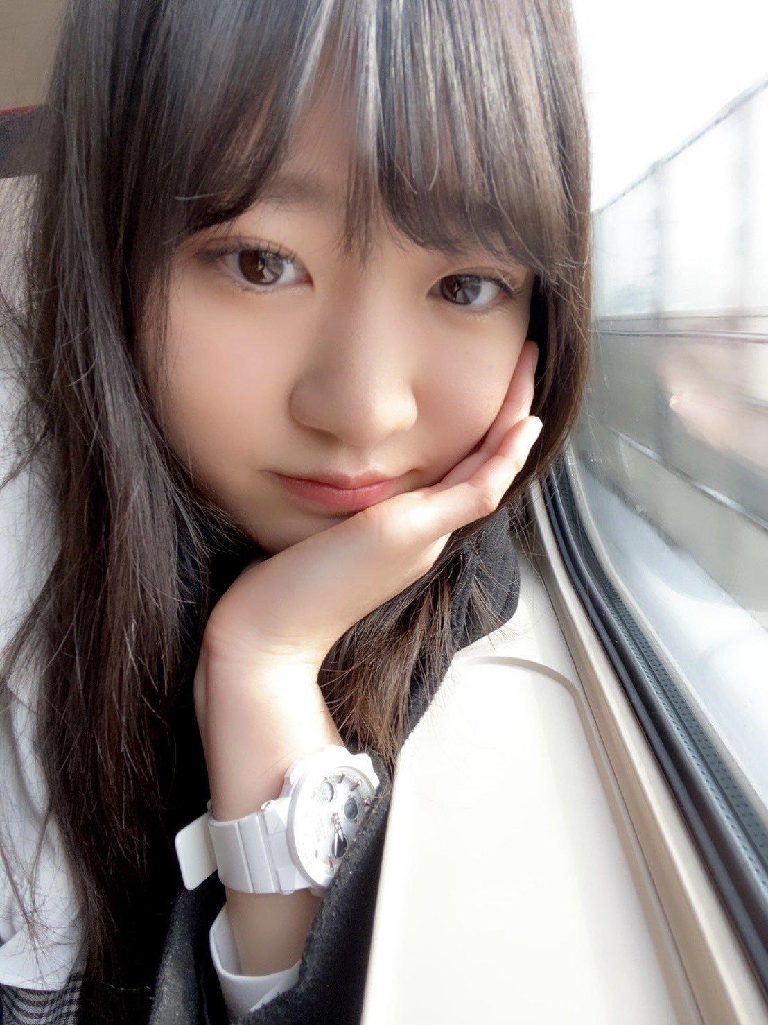 Nakayama%20Natsume-977080.jpg