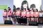 Fukumura Mizuki,   Haga Akane,   Iikubo Haruna,   Ikuta Erina,   Ishida Ayumi,   Kudo Haruka,   Makino Maria,   Morning Musume,   Nonaka Miki,   Oda Sakura,   Ogata Haruna,   Sasaki Rikako,   Sato Masaki,   Sayashi Riho,   Suzuki Kanon,   Wada Ayaka,