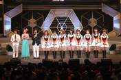 "Morning Musume,   Niigaki Risa,   Michishige Sayumi,   Tanaka Reina,   Kamei Eri,   Mitsui Aika,   ""Li Chun, Junjun"",   Yoshizawa Hitomi,   ""Qian Lin, Linlin"",   Takahashi Ai,"