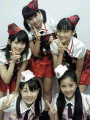 blog,   Fukuda Kanon,   Maeda Yuuka,   Nakanishi Kana,   Tamura Meimi,   Wada Ayaka,