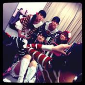 blog,   Iikubo Haruna,   Ishida Ayumi,   Kudo Haruka,   Michishige Sayumi,   Sayashi Riho,   Tanaka Reina,