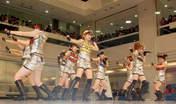 Fukumura Mizuki,   Iikubo Haruna,   Ikuta Erina,   Ishida Ayumi,   Kudo Haruka,   Michishige Sayumi,   Mitsui Aika,   Morning Musume,   Niigaki Risa,   Sato Masaki,   Sayashi Riho,   Suzuki Kanon,   Tanaka Reina,