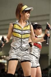 Niigaki Risa,   Suzuki Kanon,