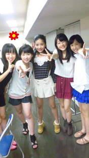 Katsuta Rina,   Kosuga Fuyuka,   Nakanishi Kana,   Takeuchi Akari,   Tamura Meimi,