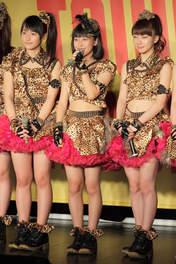 Ishida Ayumi,   Oda Sakura,   Sayashi Riho,
