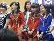 Ikuta Erina,   Ishida Ayumi,   Kumai Yurina,   Sayashi Riho,   Sudou Maasa,   Takeuchi Akari,