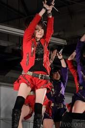 Suzuki Kanon,   Tanaka Reina,