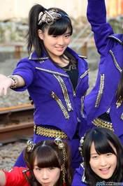 Ishida Ayumi,   Sayashi Riho,   Suzuki Kanon,