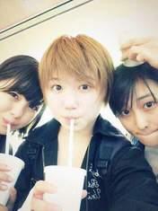 blog,   Nakanishi Kana,   Takeuchi Akari,   Wada Ayaka,