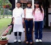 Country Musume,   Kobayashi Azusa,   Toda Rinne,   Yanagihara Hiromi,