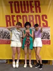 Murota Mizuki,   Takeuchi Akari,   Tamura Meimi,