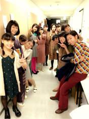 Aikawa Maho,   ANGERME,   blog,   Kamikokuryou Moe,   Kasahara Momona,   Katsuta Rina,   Kiyono Momohime,   Murota Mizuki,   Nakanishi Kana,   Sasaki Rikako,   Takeuchi Akari,   Wada Ayaka,   Yajima Maimi,
