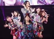 Funaki Musubu,   Kasahara Momona,   Kawamura Ayano,   Nakanishi Kana,   Sasaki Rikako,   Takeuchi Akari,