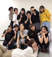 ANGERME,   Funaki Musubu,   Kamikokuryou Moe,   Kasahara Momona,   Katsuta Rina,   Kawamura Ayano,   Murota Mizuki,   Nakanishi Kana,   Natsuyaki Miyabi,   Sasaki Rikako,   Takeuchi Akari,   Wada Ayaka,