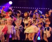 Fukumura Mizuki,   Iikubo Haruna,   Ishida Ayumi,   Oda Sakura,   Ogata Haruna,   Sashihara Rino,   Sato Masaki,