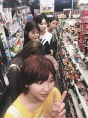 Nakanishi Kana,   Sasaki Rikako,   Takeuchi Akari,   Wada Ayaka,