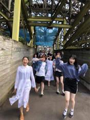 Kamikokuryou Moe,   Kasahara Momona,   Katsuta Rina,   Kawamura Ayano,   Murota Mizuki,   Sasaki Rikako,   Takeuchi Akari,   Wada Ayaka,