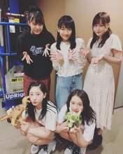 Akiyama Mao,   Kishimoto Yumeno,   Niinuma Kisora,   Ono Mizuho,   Tanimoto Ami,