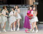 Funaki Musubu,   Kasahara Momona,   Sasaki Rikako,   Wada Ayaka,   Yajima Maimi,