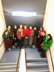 ANGERME,   Funaki Musubu,   Kamikokuryou Moe,   Kasahara Momona,   Katsuta Rina,   Kawamura Ayano,   Murota Mizuki,   Nakanishi Kana,   Oota Haruka,   Sasaki Rikako,   Takeuchi Akari,   Wada Ayaka,