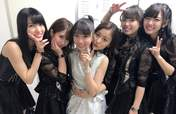 C-ute,   Hagiwara Mai,   Makino Maria,   Nakajima Saki,   Okai Chisato,   Suzuki Airi,   Yajima Maimi,