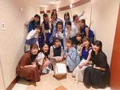 ANGERME,   Fukuda Kanon,   Funaki Musubu,   Hashisako Rin,   Ise Reira,   Kamikokuryou Moe,   Kasahara Momona,   Katsuta Rina,   Kawamura Ayano,   Murota Mizuki,   Nakanishi Kana,   Oota Haruka,   Sasaki Rikako,   Takeuchi Akari,   Tamura Meimi,   Wada Ayaka,