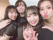 Danbara Ruru,   Inaba Manaka,   Kanazawa Tomoko,   Miyamoto Karin,   Takagi Sayuki,   Uemura Akari,