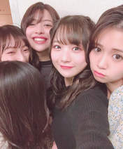 Danbara Ruru,   Inaba Manaka,   Kanazawa Tomoko,   Takagi Sayuki,   Uemura Akari,