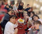 Funaki Musubu,   Hashisako Rin,   Ishida Ayumi,   Kaga Kaede,   Kanazawa Tomoko,   Kasahara Momona,   Kawamura Ayano,   Kishimoto Yumeno,   Kudo Haruka,   Sasaki Rikako,   Takeuchi Akari,