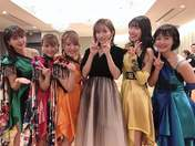Arai Manami,   Furukawa Konatsu,   Goto Maki,   Mori Saki,   Saho Akari,   Sekine Azusa,   UpFront Girls,