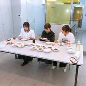 Ishida Ayumi,   Morito Chisaki,   Yokono Sumire,