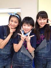 Nakanishi Kana,   Takeuchi Akari,   Wada Ayaka,