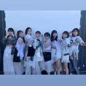 Funaki Musubu,   Hashisako Rin,   Ise Reira,   Kamikokuryou Moe,   Kasahara Momona,   Kawamura Ayano,   Sasaki Rikako,   Takeuchi Akari,