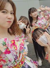 Haga Akane,   Ishida Ayumi,   Nonaka Miki,   Yokoyama Reina,