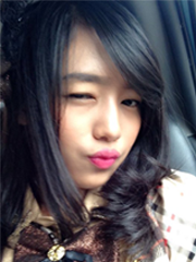 yuikaraoke's Photo